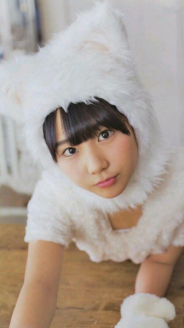 猫耳コスプレをしたHKT48の田中美久