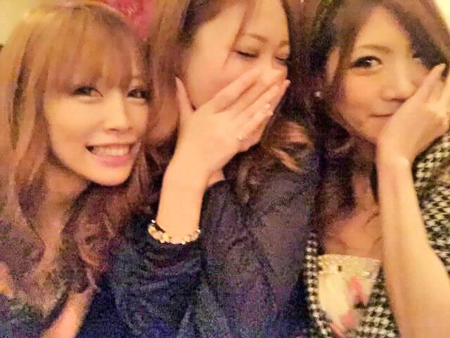 大分のクラブ(CLUB Figona)で働いている元AV女優のやまぐちりこ(元AKB48の中西里菜)