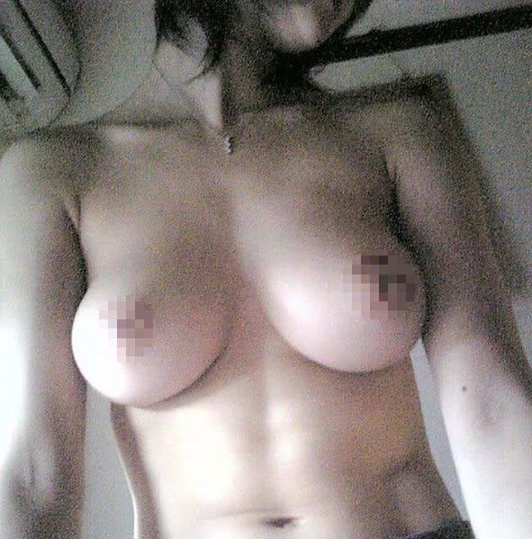 女子バレー選手・水田祐未の流出した上半身裸おっぱい画像