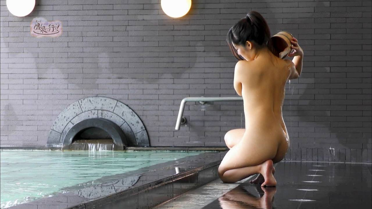 「もっと温泉に行こう!」全裸で入浴する可愛い女の子