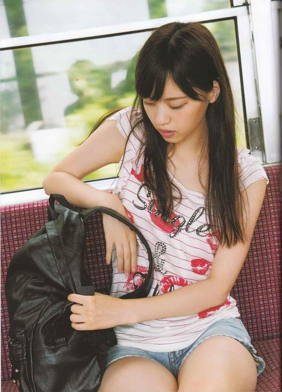 乃木坂46・西野七瀬の写真集「普段着」画像