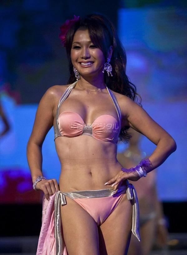 ニューハーフ美人世界一を決めるコンテスト「ミス・インターナショナル・クイーン」で優勝したはるな愛のマンスジ