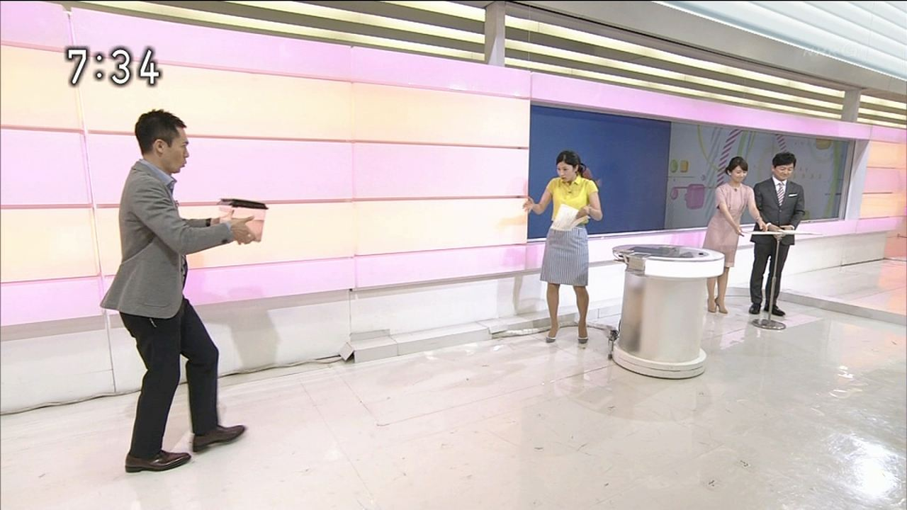NHK「おはよう日本」でスケスケの服を着た森花子アナ