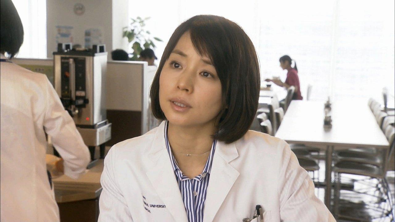 ドラマ「医師たちの恋愛事情」の石田ゆり子