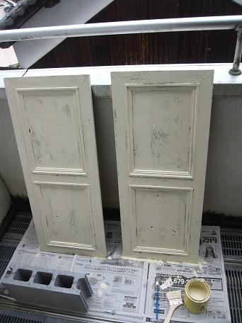 扉ペンキ塗り1