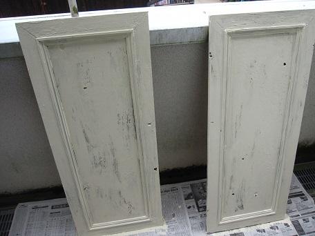 扉ペンキ塗り2