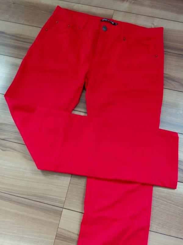red_pants.jpg