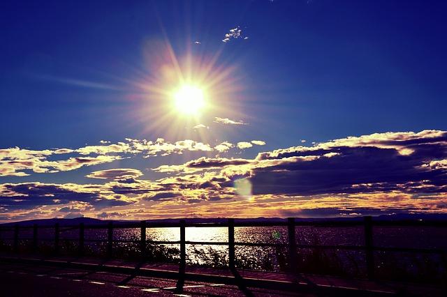 sunset-451153_640.jpg