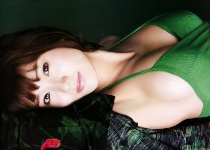 ohshima_yuko_g124.jpg