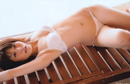 okamoto_mari_g012.jpg