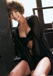 shinoda_mariko_g121.jpg