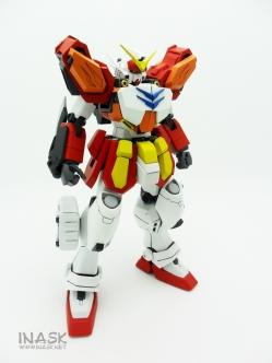 inask-01_G82_Gundam_Heavyarms_Custom_Fantasy_tosou.jpg
