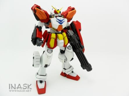 inask-06_G82_Gundam_Heavyarms_Custom_Fantasy_tosou.jpg