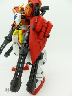 inask-09_G82_Gundam_Heavyarms_Custom_Fantasy_tosou.jpg