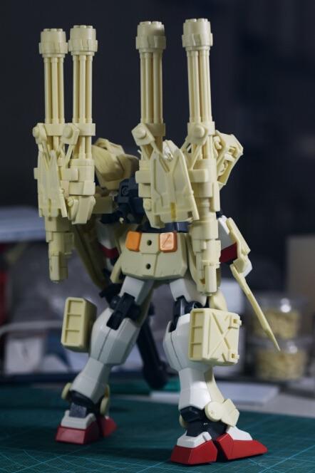 inask-10G82_Gundam_Heavyarms_Custom_Fantasy.jpg