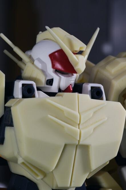 inask-11G82_Gundam_Heavyarms_Custom_Fantasy.jpg