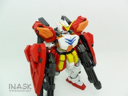 inask-13_G82_Gundam_Heavyarms_Custom_Fantasy_tosou.jpg