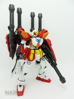 inask-16_G82_Gundam_Heavyarms_Custom_Fantasy_tosou.jpg