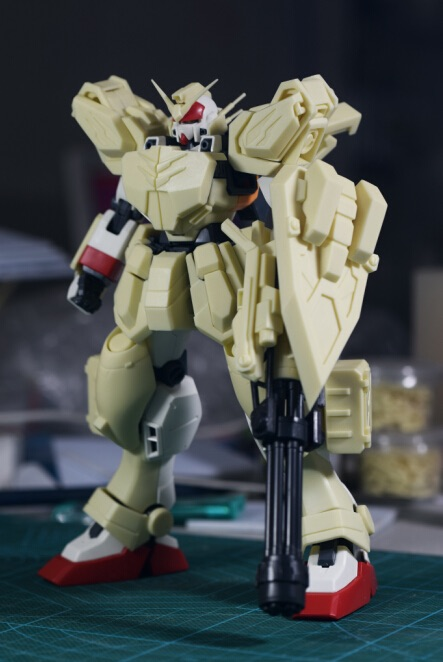 inask-17G82_Gundam_Heavyarms_Custom_Fantasy.jpg