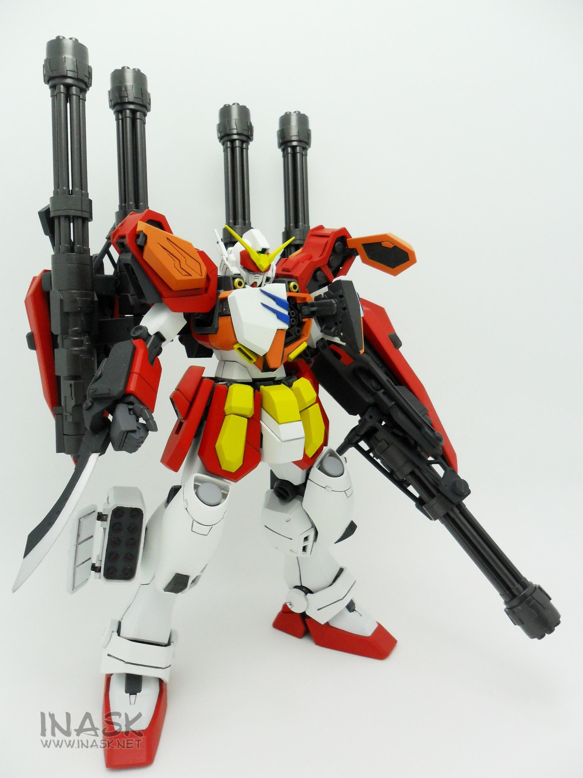 inask-17_G82_Gundam_Heavyarms_Custom_Fantasy_tosou.jpg