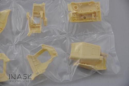 inask-21-g71-pgstrikerfreedom-.jpg