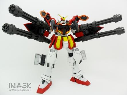 inask-22_G82_Gundam_Heavyarms_Custom_Fantasy_tosou.jpg