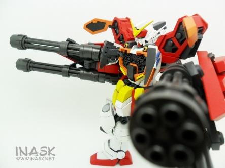inask-25_G82_Gundam_Heavyarms_Custom_Fantasy_tosou.jpg