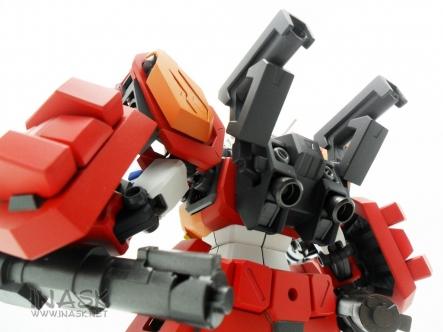 inask-26_G82_Gundam_Heavyarms_Custom_Fantasy_tosou.jpg