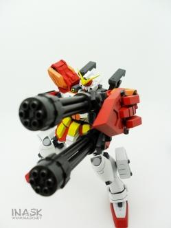 inask-27_G82_Gundam_Heavyarms_Custom_Fantasy_tosou.jpg