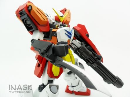 inask-31_G82_Gundam_Heavyarms_Custom_Fantasy_tosou.jpg