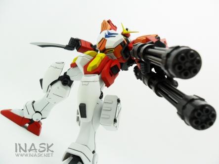 inask-33_G82_Gundam_Heavyarms_Custom_Fantasy_tosou.jpg