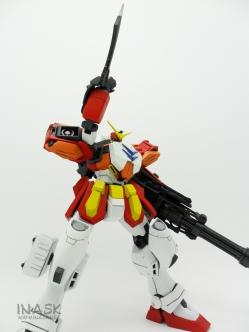 inask-37_G82_Gundam_Heavyarms_Custom_Fantasy_tosou.jpg
