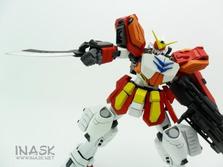 inask-38_G82_Gundam_Heavyarms_Custom_Fantasy_tosou.jpg