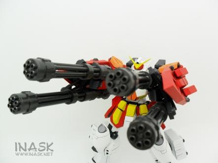 inask-40_G82_Gundam_Heavyarms_Custom_Fantasy_tosou.jpg