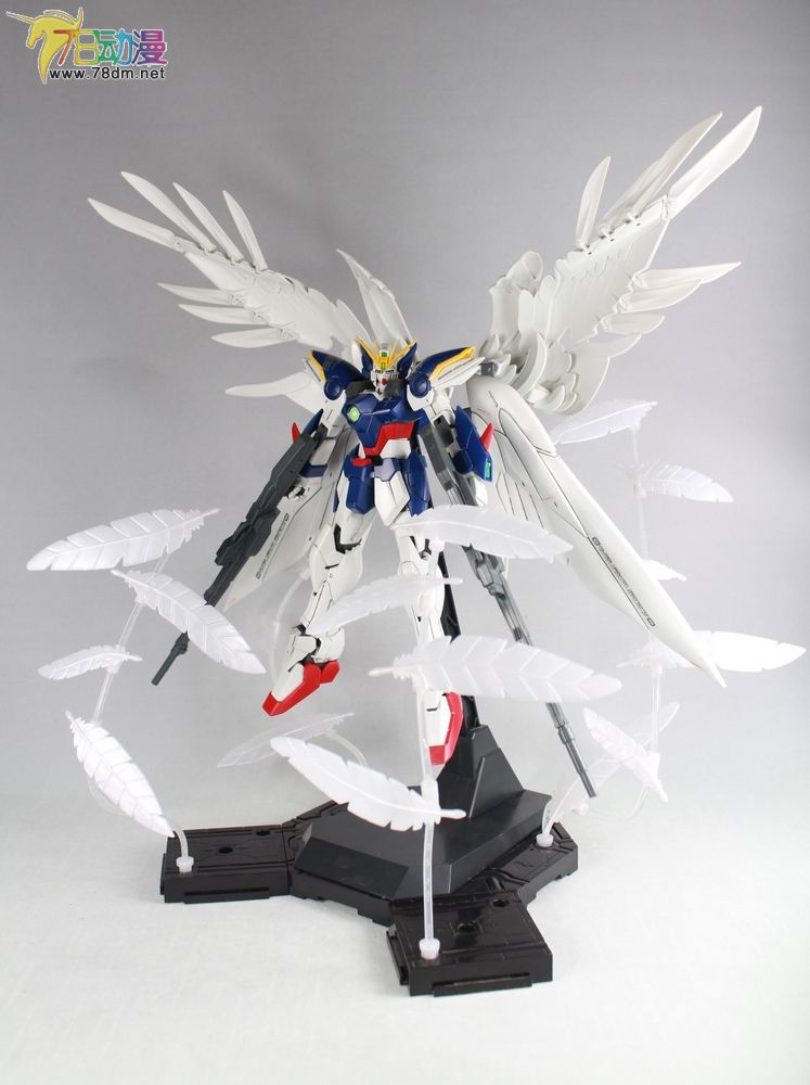 wingzeroct-effect021.jpg