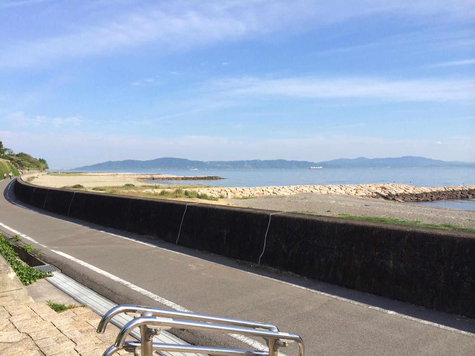 浜の散歩道東向きその2150519