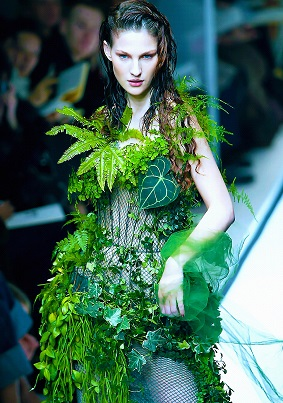 Blanc's 'Robe Végétale' dress walked the runway in Gaultier's 2002
