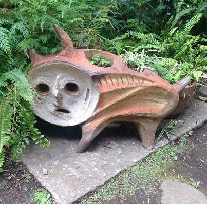 犬の植木鉢
