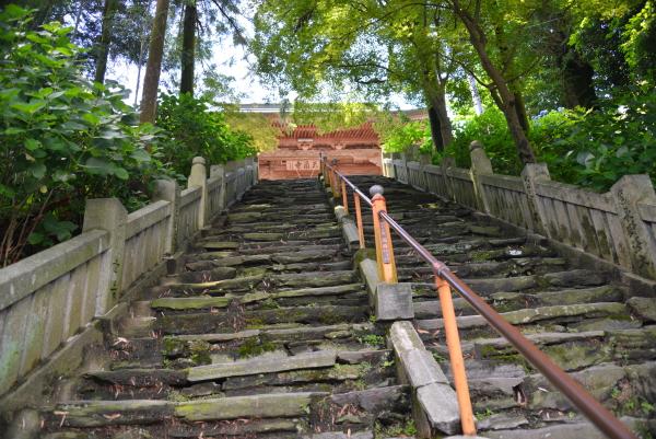 三角寺石段