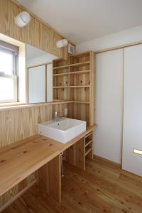 mktei_washroom