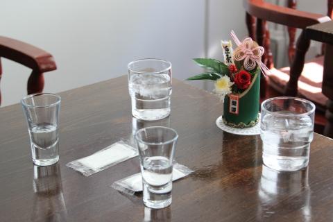 2015.1.5 年酒 (「茶のみ処大船軒」:神奈川県鎌倉市)