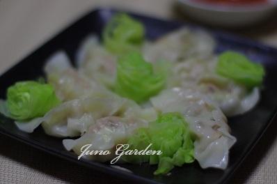 水餃子とキャベツの温サラダ