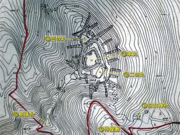 白山城縄張図