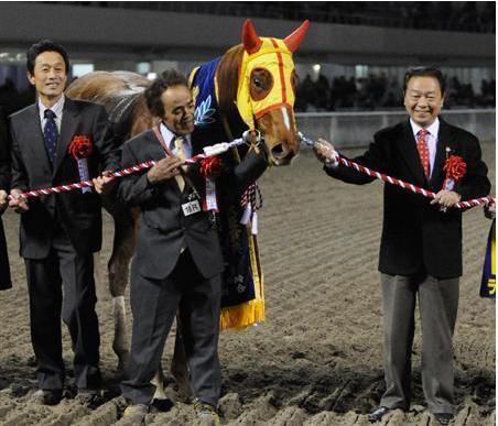 【訃報】ラブミーチャンの調教師、馬に蹴られ?死去