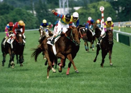 【競馬】河内「騎手はもっと厩舎に挨拶にしにいけよ」