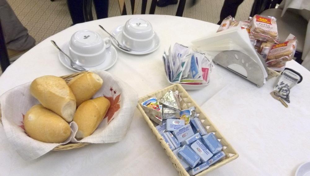 ホテル朝食01