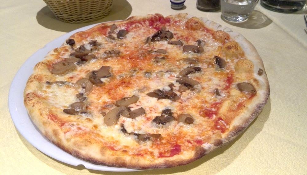 イタリア2-5 夕食03