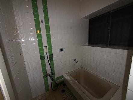 お屋敷風呂Before 改装前のお風呂