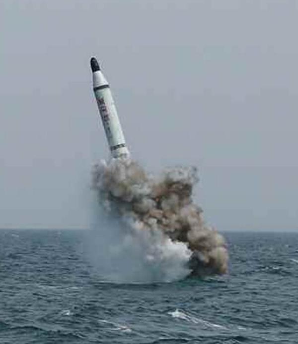 ミサイル2フェイク