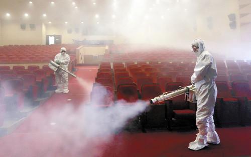 映画館消毒